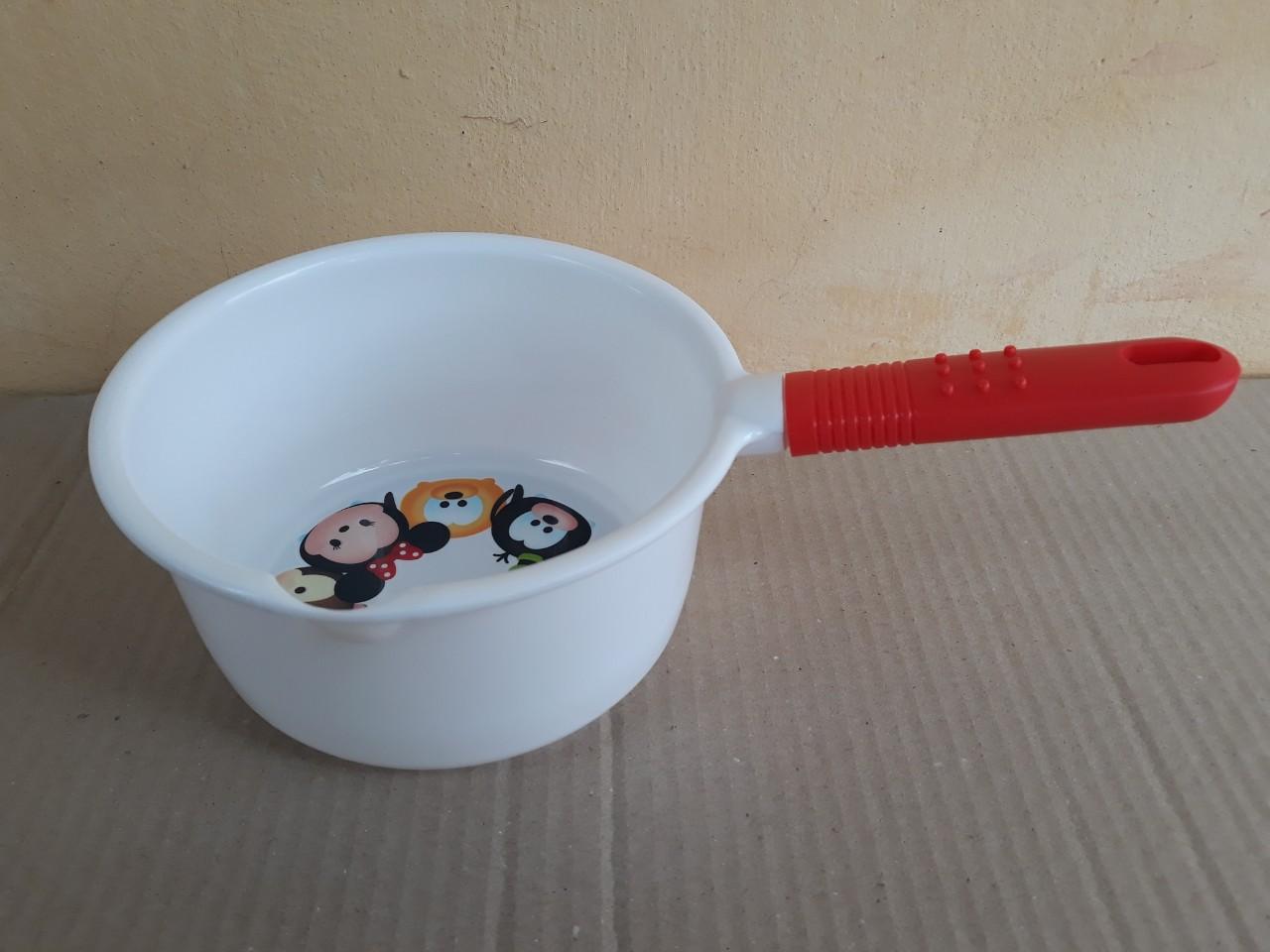 Ca múc nước có cán - hello kitty (18x9cm), mã số: TT-5701