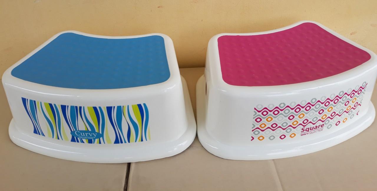 Ghế nhựa trẻ em (19x31x13.5cm), Mã số: PN9050/1D
